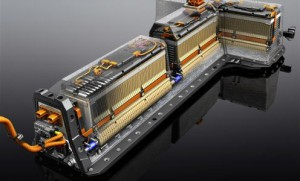 "288 Li-ion cells forms 4 battery modules in shape of letter ""T"""